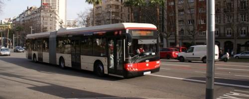 En marcha los primeros autobuses articulados híbridos de España